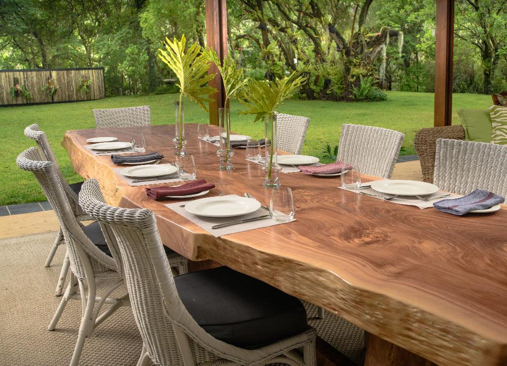 Custom-Made-Wooden-Tables-Nelspruit