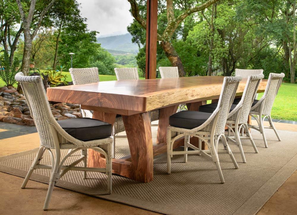 Bespoke-Wooden-Furniture-lowveldt